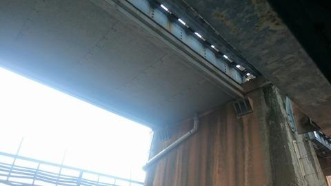 高さた1.5m 泉岳寺 高輪橋架道橋 都内一 低い