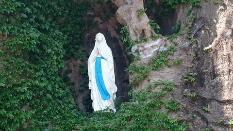 ルルドの洞窟 東京カテドラル聖マリア大聖堂 聖母 マリア
