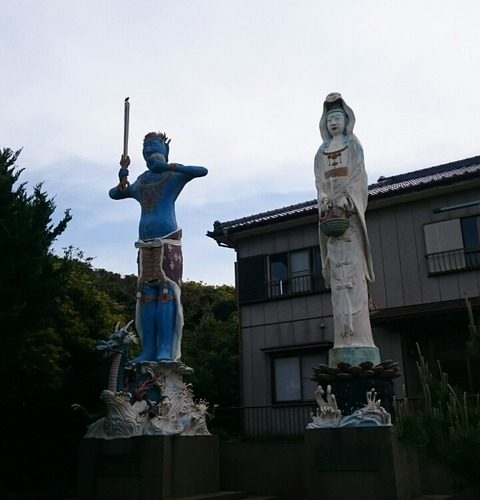 謎の巨大コンクリート像/銚子「長崎の巨大像」