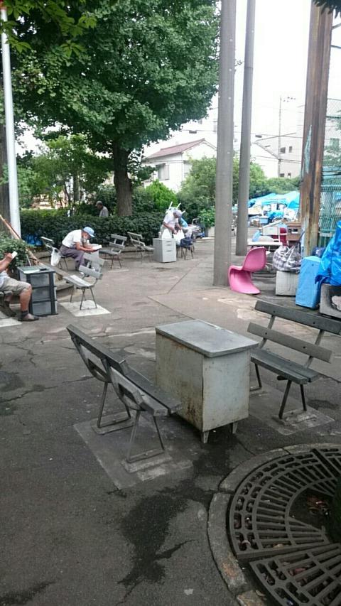 ホームレス達の都会のオアシス/山谷 「玉姫公園」