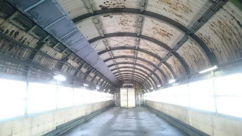 地底70m!まるで洞窟!?現役なのに廃墟感が凄い「土合駅」