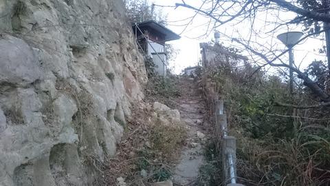 茂原 足地蔵尊蒼天/秘境にある謎の巨大な足の仏様