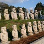 柏の16号沿いにある謎のモアイ像