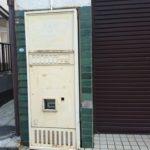 【松戸】北小金にある壁の一部になったサンデン製廃自販機…