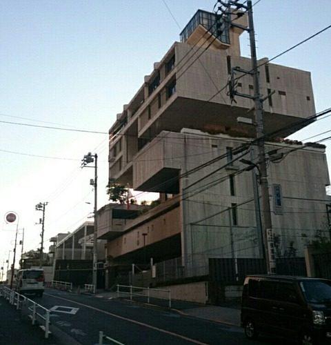 【港区】洒落た珍建築 駐日クウェート大使館