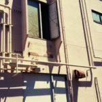 【松戸】小金原中央商店街にある無用扉のトマソン