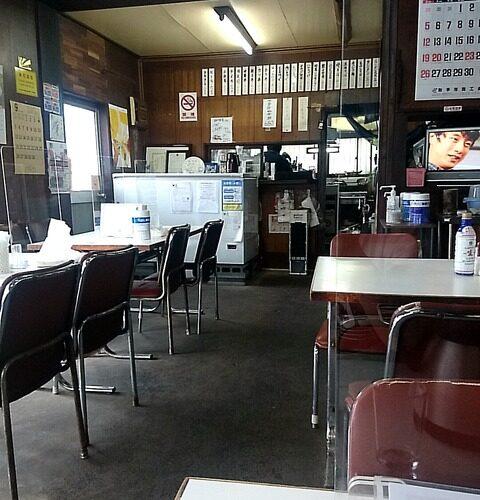 【取手】昭和感じるいなたい食堂「越後屋」のカレーチャーハン
